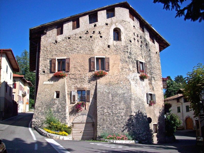Palazzo_Nero_Coredo